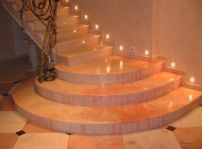 Автоматическая подсветка лестницы из керамики