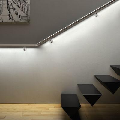 Подсветка перил лестницы