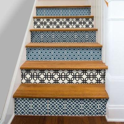 Декор лестницы орнаментом